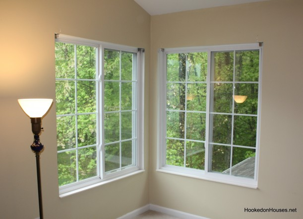 corner-windows-before-trim-611x441