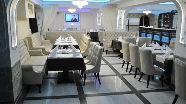 White Rosa Hotel