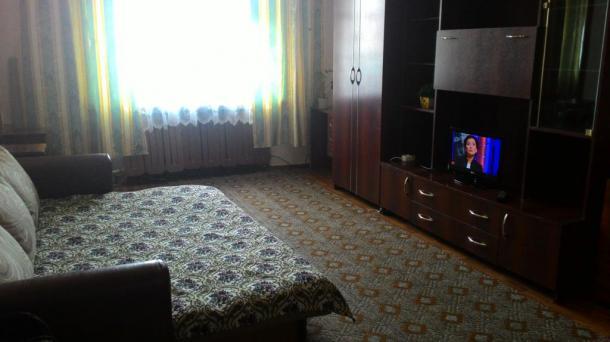Недорогая, ухоженная квартира в Краснооктябрьский р-н., ул. Германа Титова 24.